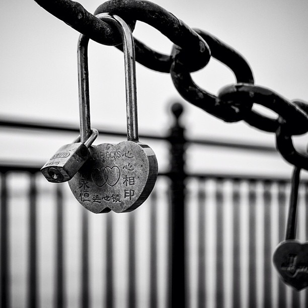 Love Locks at the Albert Dock Liverpool #lovelocks #love #locks #liverpool #nikon #d7000 #ig #instagram #picoftheday #photooftheday #imageoftheday #blackandwhite #chain #specialplace #together #locked #mersey