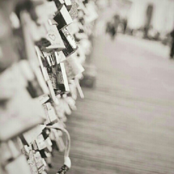 My number one dream, go to the Love Lock Bridge thing in Paris <3 #numberonedream. #iwannadoit. #lovelocks. #bridge. #paris. #travelinParis. #imgonnadoit. #unf. #itscutedoee. #love. #Paris. #France. #travel. #mer. #likethiss. #likeforlike. #followmee. #followforfollow. #hashtagwhore.