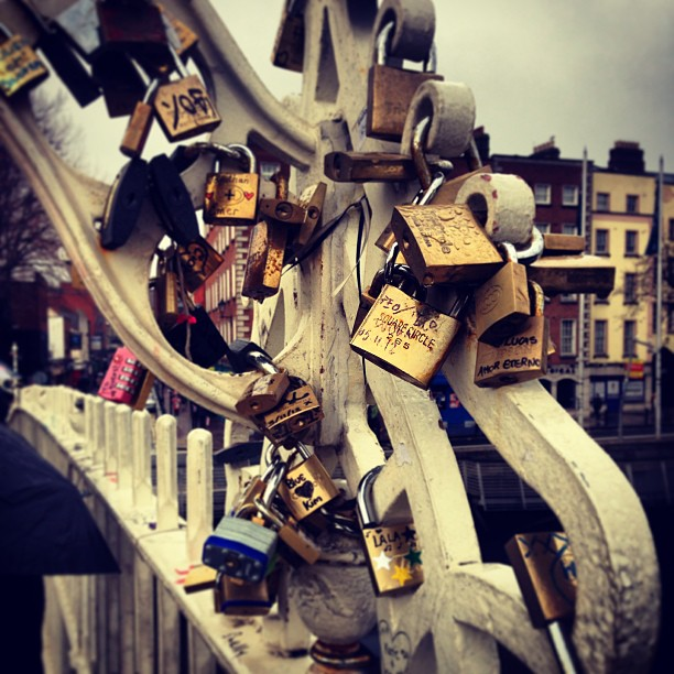 To all the hollyoaks fans #lovelocks #dublin #hollyoaks #olpennybridge