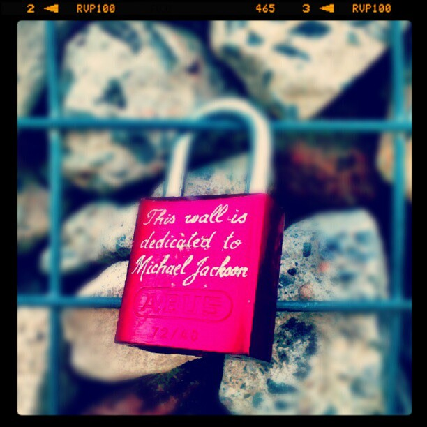 Dedicated to #michaeljackson #lovelocks