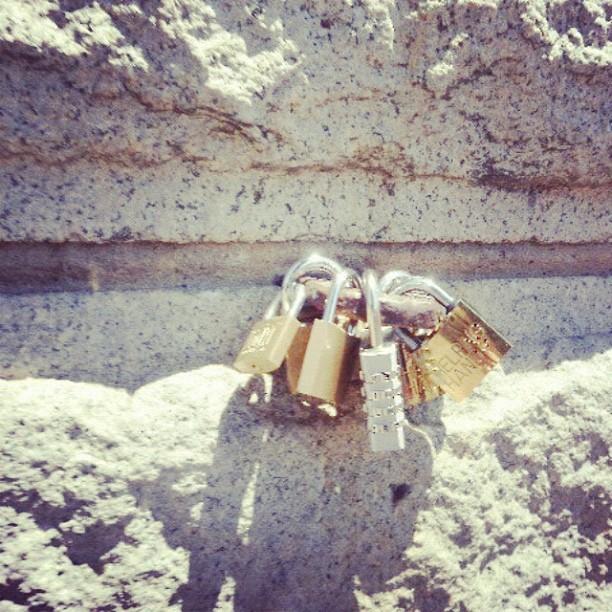 #lovelocks #brooklynbridge