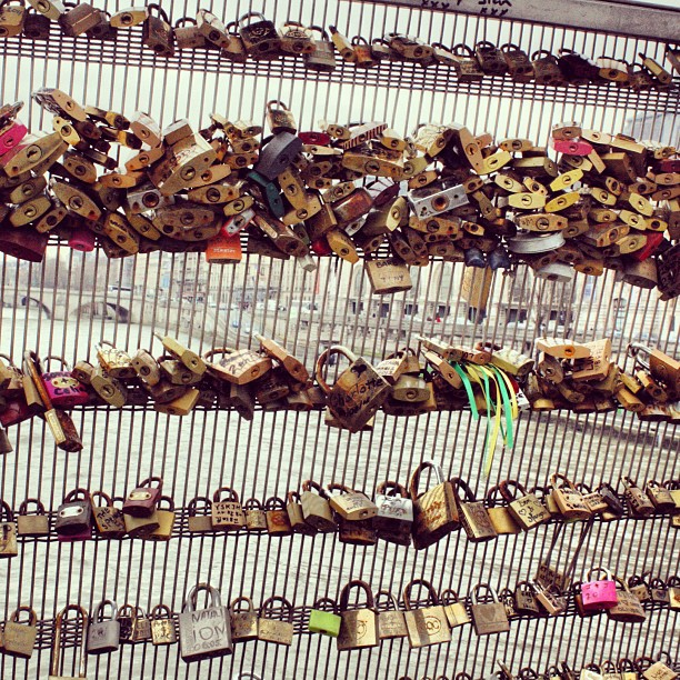 #Puentes #Paris #Candados  #lovelocks