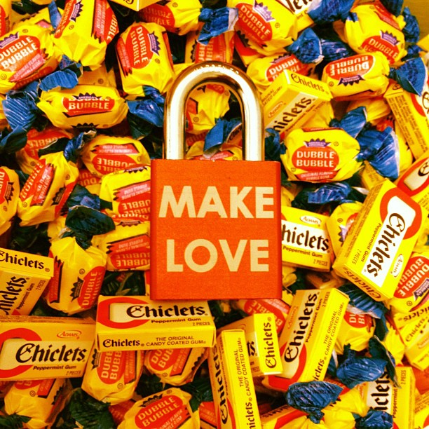 Make Love #makelovelocks #lovelocks #love #lockit #luv #chicklet #doublebubble #willywonka #sweettooth #sweetheart #willywonka