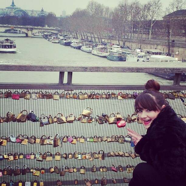 I look so geeky! #lovelockbridge #paris #weekendaway #geek #lovingit