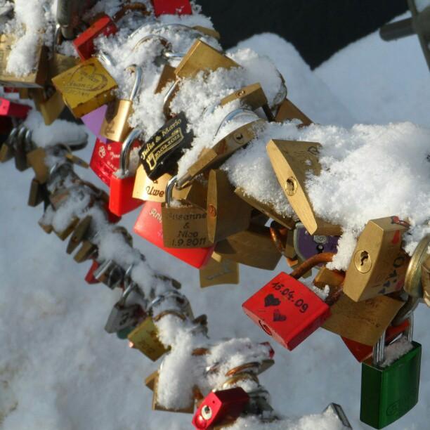 #liebesschloss #liebesschlossbrücke #vorhängeschloss #lovepadlock #lovepadlocks #lovepadlockbridge #padlock
