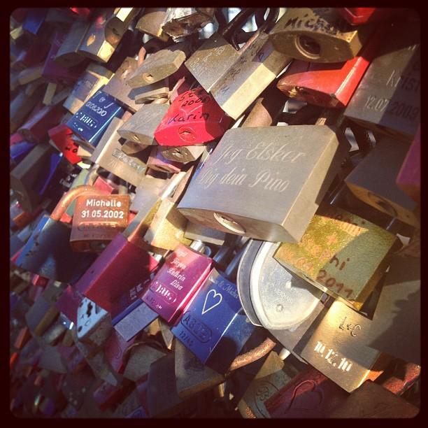 #makelovelocks #koln #cologne #photokina #2012 #autumn #instacool #instaphoto #instagood #instagram #instahub #iphonesia #bridge #rheine