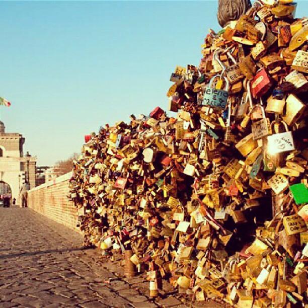 Love padlocks at Ponte Milvio, Rome  #rome #romantic #cute #beautiful #lovepadlocks #ilovejulie #italy #europe #love #valencia #pontemilvio #sweethearts #lovers #girlboy