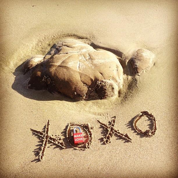 Make Love #makelovelocks #lovelocks #love #luv #valentinesday #valentine #xoxo #hawaii