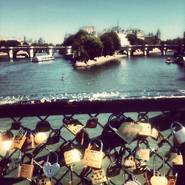 #bestagram #bestoftheday #bestofinstagram #bridge #france #igers #iphone #instahub #instagood #instamood #iphonesia #igersparis #instadaily #instaphoto #igersfrance #instagramer #instagramhub #iphonegraphy #paris #popular #picoftheday #photooftheday #seine #summer #streetphoto #sun