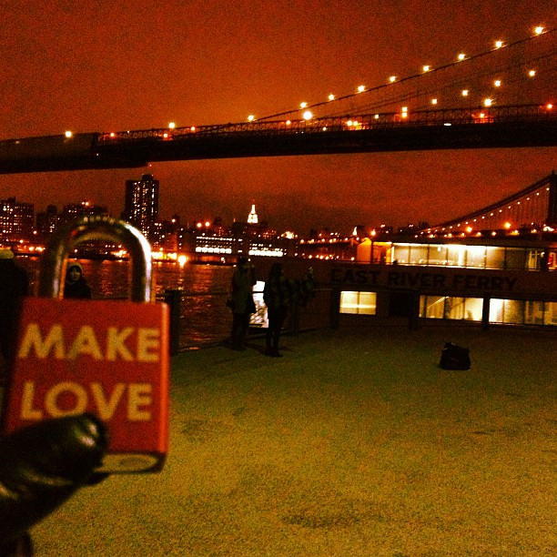 Make Love #makelove #makelovelocks #lovelocks #love #luv #travel #brooklyn #brooklynbridge #brooklynbridgepark #fultonlanding #rivercafe #wedding #eastriverferry #tourist #tourism #picoftheday #instahub #instalove #night #makeyourmark #nyc #brooklyn #grimaldispizza #eastside #