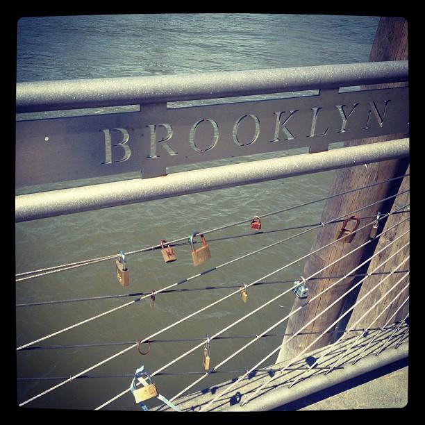 #brooklynbridge #brooklynbridgepark #lovelocks  </p> <span class=