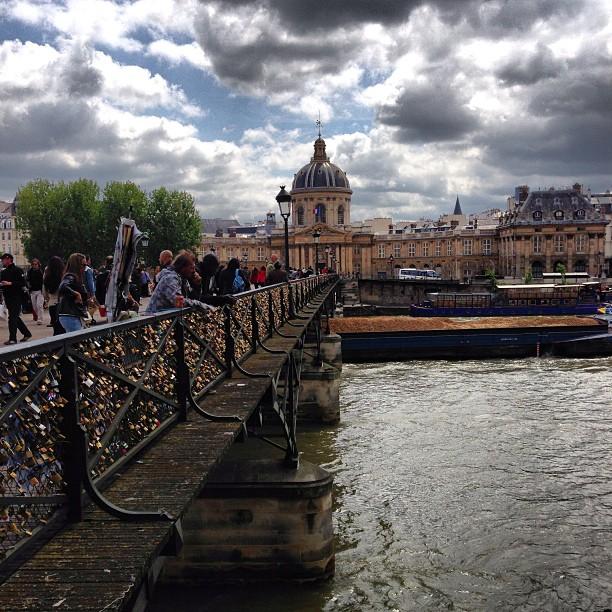 Love Bridge at #pontdesarts #paris #makelovelocks