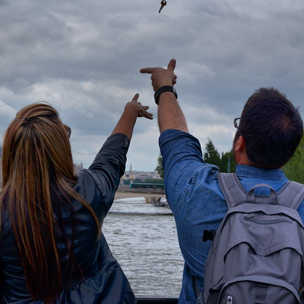 Pont Des Arts #makelovelocks #pontdesarts #paris thanks for the shot @karlaprz