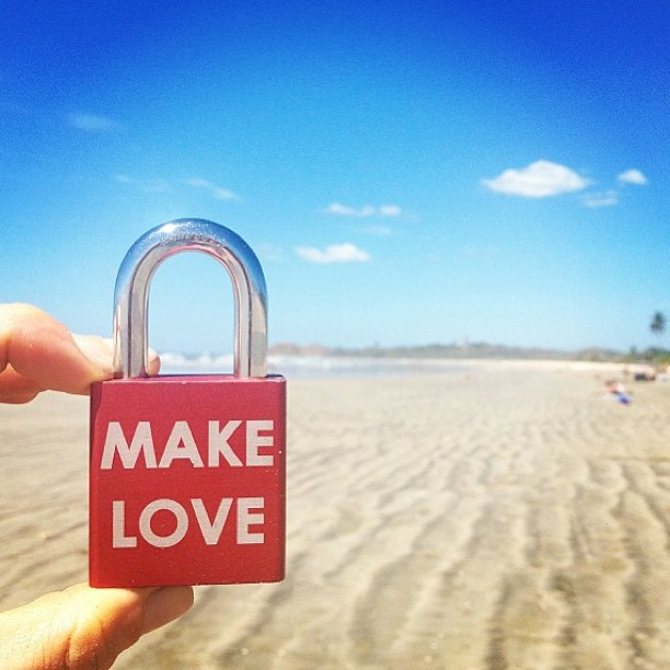 #makelovelocks #lovelock
