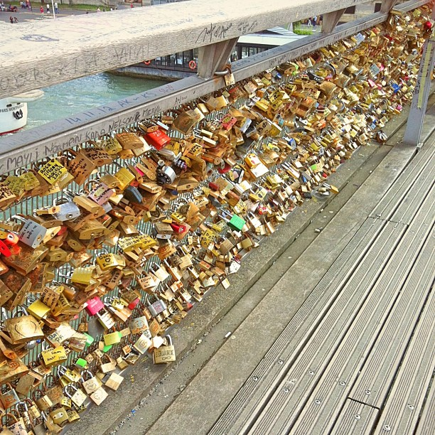 I edited my #lovelocks picture using #fotor. Give me blog post ideas please xxx #love #locks #in #paris #makelovelocks #bridge #over #the #seine
