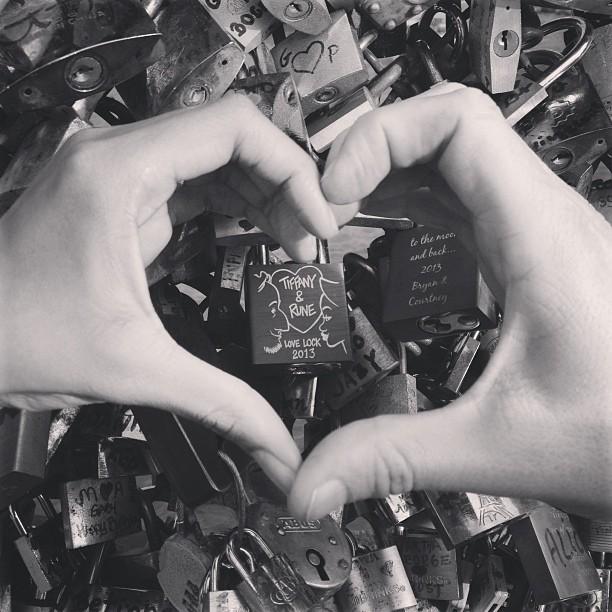 Thank you for taking me to Paris my love.❤ @bennickerune  #pontdesarts #makelovelocks #paris #france #travel #europe #jetsetter #photooftheday