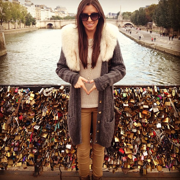 Love locks! ️ #makelovelocks #paris #notredame #happiness #traveltalk