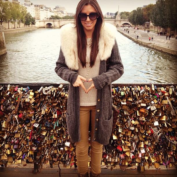 Love locks! ️ #makelovelocks #paris #notredame #happiness #traveltalk