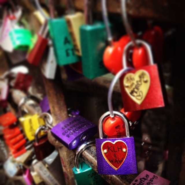 I put a #lovelock for me and Andrew on a gate near Juliet's balcony in Verona :) #italy