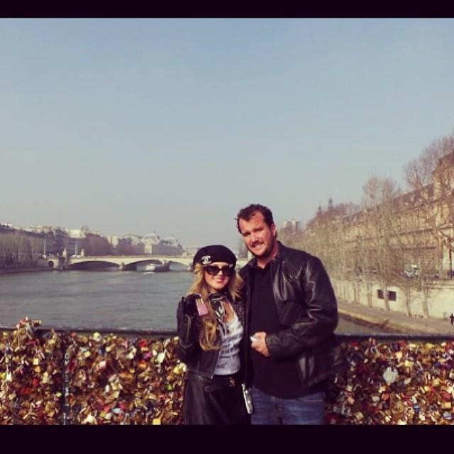 #makelovelocks I wanna go back #lovelockbridge #paris