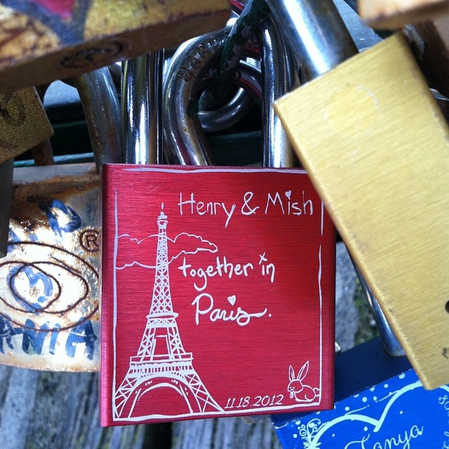 Love lock bridge at Pont de Arts in Paris . Henry is stuck to me forever. Can anyone spot somebunny? Can't have a love lock without Hank! @evohen #hollandlop #bunny #rabbit #lovelock #lovelockbridge #pontdeart #paris #france
