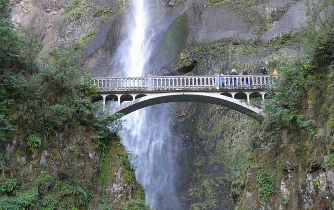 Multnomah Falls Bridge Photo: Erick Fredericks / Flickr